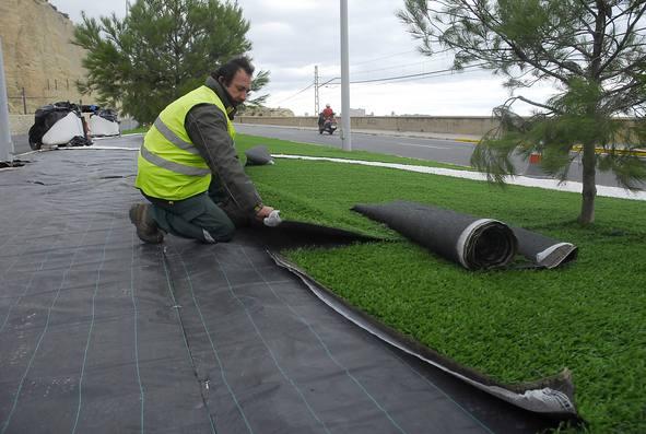 Grupo sindec c sped artificial - Poner cesped artificial en terraza ...